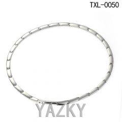 Simple link design titanium necklace collar