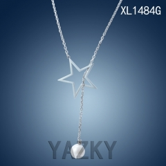 Stainless steel necklace with star and pearl pendant